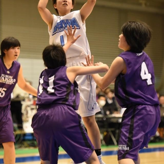 女子1回戦_聖和学園vs福岡大学附属若葉07